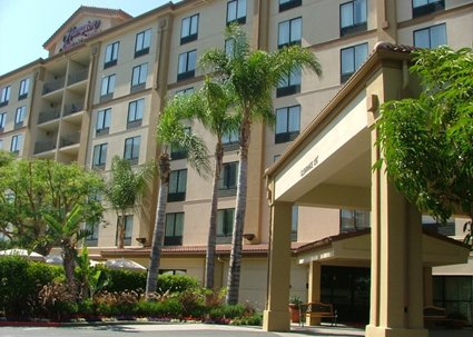 Hampton inn and suites cheap vacations packages red tag vacations for Days inn and suites garden grove