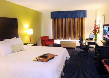 Hampton Inn And Suites Cheap Vacations Packages Red Tag Vacations