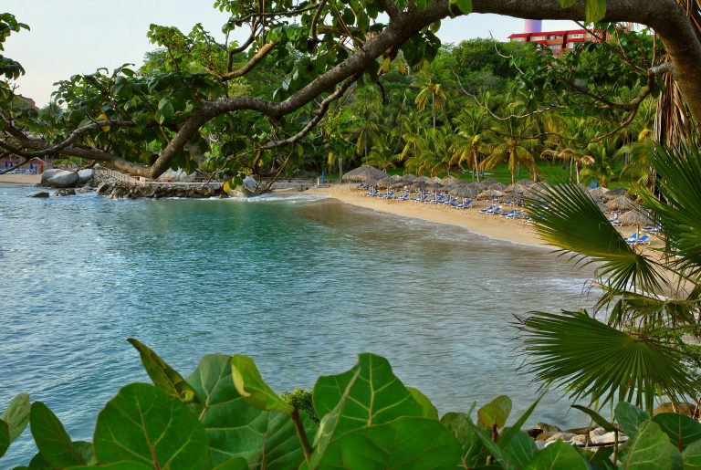 Las Brisas Huatulco Hotel Cheap Vacations Packages Red Tag Vacations