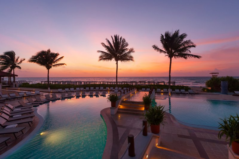 The Royal Playa Del Carmen Cheap Vacations Packages Red