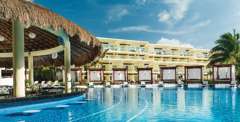 Azul Beach Hotel Package Deals