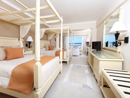 luxury vacation package