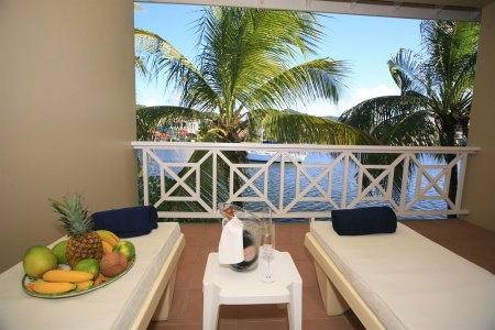 Harmony Suites Vacation Deals Lowest Prices Promotions Reviews Last Minute Deals