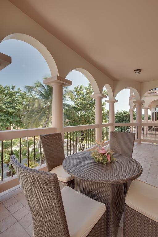 Coco Beach Resort Belize European Plan